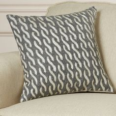 House of Hampton Hertzog Throw Pillow