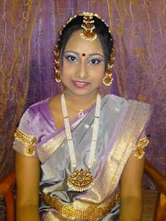 Tamil Bride With Temple Jewelery Set