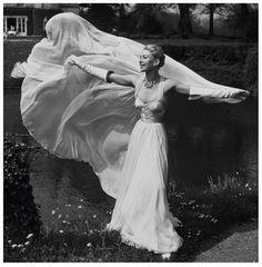 Jean Desses gown, 1953