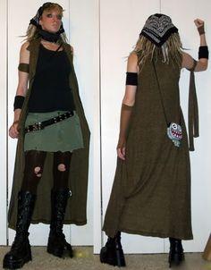 Post apocalyptic costume.  I love the purse.