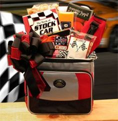 Get dad the perfect father's day gift with this medium sized Nascar Racing Gift Chest. It has everything that dad could possibly want for race day including a cooler, NASCAR themed pistachios and even