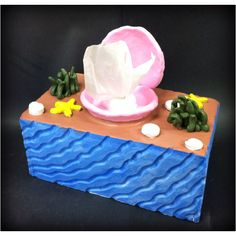 Burke High Pottery. Tissue Box. 2012.