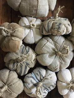 🍁🍁🍁 Rustic Fall Decor, Prim Decor, Fall Home Decor, Fabric Pumpkins, Fall Pumpkins, Sweater Pumpkins, Velvet Pumpkins, Fall Halloween, Halloween Crafts