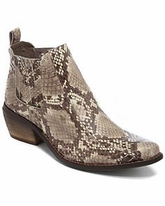 Vince Camuto $130, down form $295 @ Ruelala. js