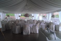 Lake Como, Italy. The Opal of Lenno. The marquee restaurant of the villa ready for a wedding reception. More pictures on www.lakecomoweddingdream.com #lakecomo #lakecomowedding #destinationwedding #lakecomovenues