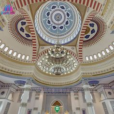 An awesome Virtual Reality pic! Enter Dubai360.com for a fully immersive #virtual #tour of the beautiful Al Farooq Mosque!  The interior was influenced by the #BlueMosque in #Istanbul and traditional designs of #Andalusia. It was modelled using plaster of #Paris as well as hand-painted fusaifisa tiles from #Morocco  #VirtualReality #360 #photography #citytour by dubai_360 check us out: http://bit.ly/1KyLetq