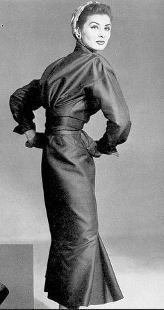Suzy Parker in Christian Dior, photo Frances McLaughlin-Gill 1952