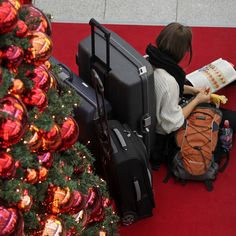 Even experts have to brave the crowds during the holidays. Try these tips from Travel + Leisure editors Holiday Travel, Holiday Trip, Travel Packing, Travel Hacks, Autumn Garden, Travel Bugs, Travel And Leisure, Stay Fit, Travel