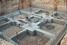 Foundations of buildings Bungalow Haus Design, Duplex House Design, House Front Design, Framing Construction, House Construction Plan, Construction Design, Civil Engineering Design, Civil Engineering Construction, Building Structure