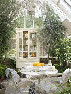 jardin exteriores : Exteriores por Lucyina Moodie