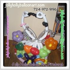 Kissing wedding swans by Jolly Holly Balloon Art #wedding #swan #balloon #decor #decoration