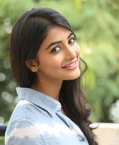 Pooja Hegde Height, Weight, Bra Size Body Measurements