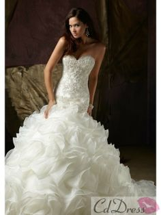 Gorgeous Trumpet / Mermaid Sweetheart Chapel Train Organza Wedding Dress