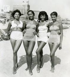 Vintage bathing- beautiful women and classic swimwear, love <3