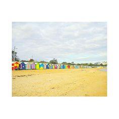 【yok0._】さんのInstagramをピンしています。 《Too bad it was a cloudy day, but still love my second-hometown💙  #brighton #brightonbeach #melbourne  #australia #theothersideoftheworld #southernhemisphere #beach #beachhouse #beachlover #cloudyday #cloudy #cloudybeach #travels #2010 #yokotravelstheworld #オーストラリア #オーストラリア留学 #メルボルン #海 #第2の故郷》
