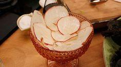 Tunna frasiga äppelchips är ett gott och nyttigt alternativ till fredagsmyset.