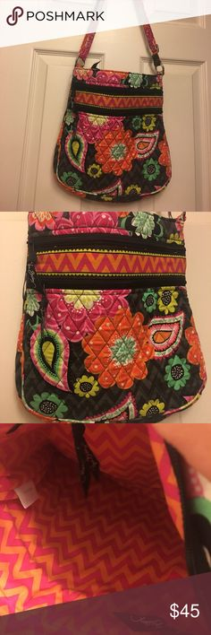 NWOT Vera Bradley Crossbody Purse Brand new, never been used Vera Bradley Bag with adjustable strap. This bag has beautiful vibrant colors and is absolutely spotless. Vera Bradley Bags Crossbody Bags