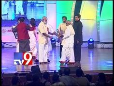 Raghavender Rao accepts award for Best Director of the Millenium