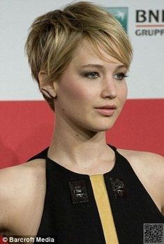 13. #Jennifer Lawrence's Pixie - The Long and Short of It - Pixie Cuts ... → Hair #Pixie #PixieHairstylesLonger