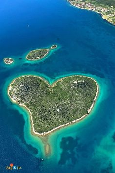 Visit Croatia – Beautiful Country at Adriatic Sea, heart shaped island, see the little piece missing, I know where it is.