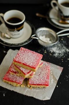A hint of rose with every bite. Yummy Treats, Delicious Desserts, Dessert Recipes, Sweets Recipe, Bar Recipes, Dessert Ideas, Dinner Recipes, Cooking Recipes, Nougat Recipe