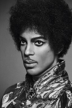 """""""Purple Rain"""" singer posed for V Magazine in July 2013 Lets Go Crazy, Photos Of Prince, Prince Images, Prince Purple Rain, Paisley Park, V Magazine, Purple Love, Roger Nelson, Prince Rogers Nelson"""