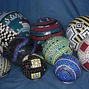 Famous Mosaic egg collection of California Artist, Farrell Hamann Cincinnati, Cleveland, Pittsburgh, Ohio, Mosaic Art, Mosaic Rocks, I Cool, Sacramento, Les Oeuvres