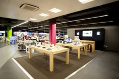 Retail Design | Shop Design | Electrical Store Interior | Attractive Apple store-in-store