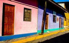 Häuserfassaden von San Carlos © Isabella Falter #Mittelamerika