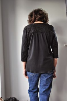 mags creative meanderings: Lace Camas Blouse