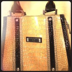 Guess Hand Bag Very nice sleek Guess Bag. Used a few times but in great condition. Guess Bags Shoulder Bags