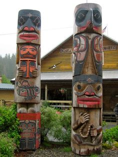 Alaska, is the totem pole capital of the world!Ketchikan, Alaska, is the totem pole capital of the world! Native Art, Native American Art, Alaska Travel, Alaska Trip, Alaska Usa, Places To See, Places To Travel, Alaska The Last Frontier, Ketchikan Alaska
