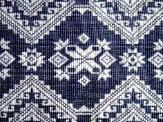Intricate patterns of inabel Cultural Patterns, Ethnic Patterns, Textile Patterns, Textile Design, Textiles, Native American Symbols, Native American History, Geometric Elephant, Philippines Fashion