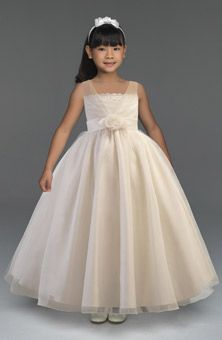 Flower Girl Dresses Photos | Brides.com