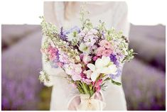 http://london-bride.com/wp-content/uploads/2012/05/LB_LavenderField_EJ_011.jpg