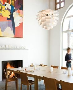 Love love love this artichoke lamp & dining table combo