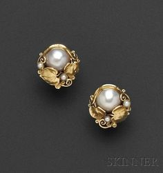 Arts & Crafts Gold, Mabe Pearl, and Seed Pearl Earclips, Attributed to Edward Oakes Jewelry Design Earrings, Gold Earrings Designs, Gold Jewellery Design, Ear Jewelry, Fashion Earrings, Fashion Jewelry, Jewelery, Gold Jewelry Simple, Trendy Jewelry