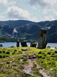 Uragh Stone Circle: Coomagillagh, Ireland.  Photography by Richard Sugden