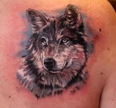 Afbeeldingsresultaat voor wolf tattoo shoulder