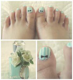 summer toe nails <3