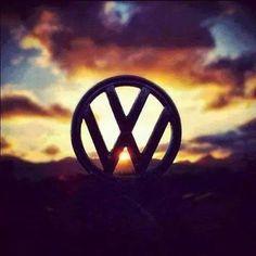 com ☆vw☆vw☆vw☆vw☆vw☆vw☆vw☆vw☆ ●○●○● VW BUS. Volkswagen Golf Mk1, Vw T1, Volkswagen Logo, Vw Baja Bug, Jetta A4, Van Vw, Vw Logo, Vw Camping, Audi