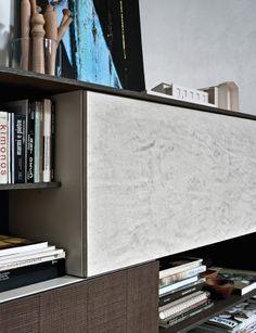 Un particolare della finitura eco cemento. A detail of the eco-cement finishes. #C_Day K14 #Living #collection #home decor #C_Day K14 #zona #giorno #arredo Form Design, Office Supplies, Surface, Shelves, Display, Bookcases, Interior Design, Detail, Storage