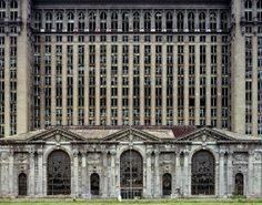 "Detroit Urban Decay | Urban Decay - ""Ruins of Detroit"" exhibition in London. ... | Art I li ..."