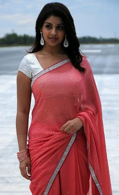 South Indian Actress HAPPY BHAI DOOJ(भाई दूज) / BHAU-BEEJ / BHAI TIKA / BHAI PHONTA (ভাইফোঁটা) GREETINGS PHOTO GALLERY    PBS.TWIMG.COM  #EDUCRATSWEB 2020-05-11 pbs.twimg.com https://pbs.twimg.com/media/CwJV0bPWgAU-VKK.jpg