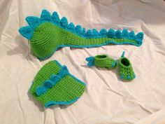 Crocheted Baby Dinosaur Hat Diaper Cover & Shoe Photo Prop Set / Baby Halloween Costume on Etsy, $45.00