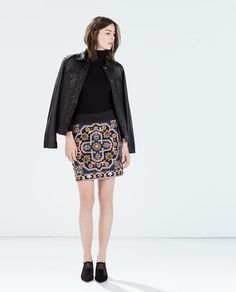 EMBROIDERED GEOMETRIC KNIT SKIRT