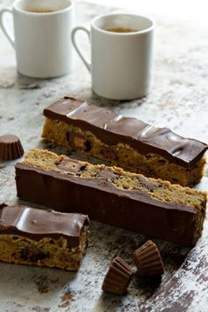 Peanut Butter Cup Cookie Bars ~ Simple ingredients and little cooking time, makes these peanut butter cup cookie bars so remarkable.