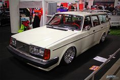 Volvo 245 - BBS LM Volvo Wagon, Volvo Cars, Passat B4, Volvo 240, Hot Rides, Vintage Cars, Cool Cars, Transportation, Classic Cars