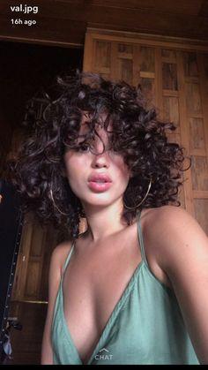 Beliebte Kurzhaarfrisuren 2018 - 2019 - The UnderCut - Baddie-Short-Curly-Hair . - Beliebte Kurzhaarfrisuren 2018 – 2019 – The UnderCut – Baddie-Short-Curly-Hair Beliebte Kurz - Quick Curly Hairstyles, Popular Short Hairstyles, Hairstyles 2018, Trendy Hairstyles, Short Hair Styles, Natural Hair Styles, Natural Beauty, Short Natural Curls, Short Curls