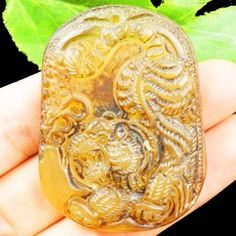 L34264-Beautiful-Carved-Chinese-Old-jade-Tiger-Pendant-Bead-53x39x9mm